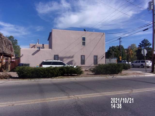 1045 W Don Diego, Santa Fe, NM 87505 (MLS #202104712) :: Stephanie Hamilton Real Estate