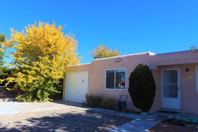 2099 Calle Ensenada, Santa Fe, NM 87505 (MLS #202104713) :: Stephanie Hamilton Real Estate