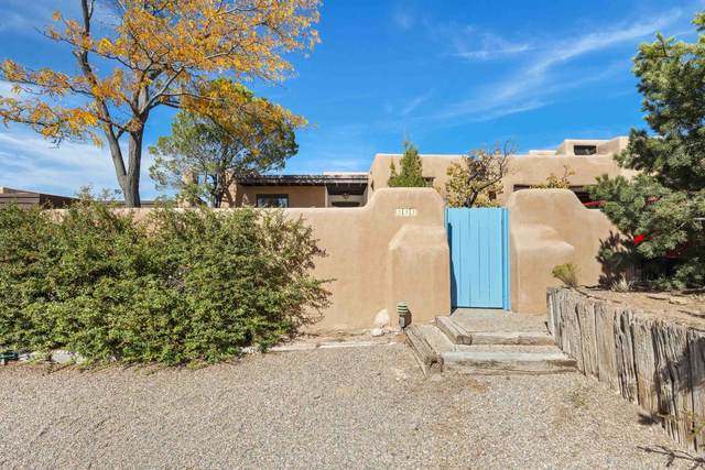 333 Calle Loma Norte, Santa Fe, NM 87501 (MLS #202104725) :: Summit Group Real Estate Professionals