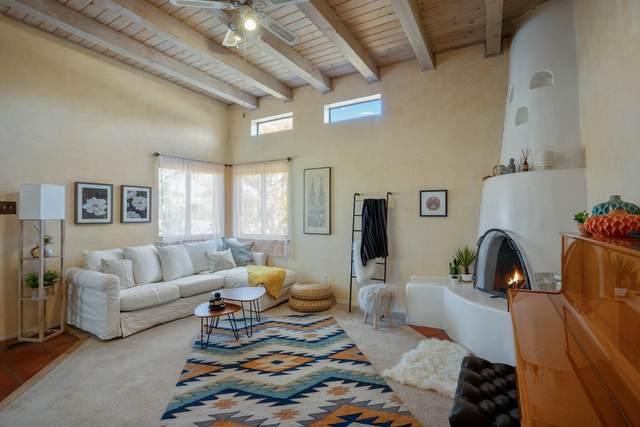 1262 Senda Del Valle, Santa Fe, NM 87507 (MLS #202104735) :: Summit Group Real Estate Professionals
