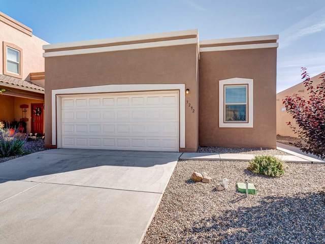 3292 Floras Del Sol, Santa Fe, NM 87507 (MLS #202104741) :: Summit Group Real Estate Professionals