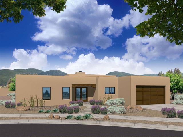451 Calle Redondo #48, Santa Fe, NM 87505 (MLS #201704141) :: The Desmond Group
