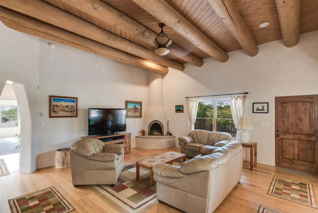 85 Bosquecillo, Santa Fe, NM 87508 (MLS #201704207) :: The Desmond Group