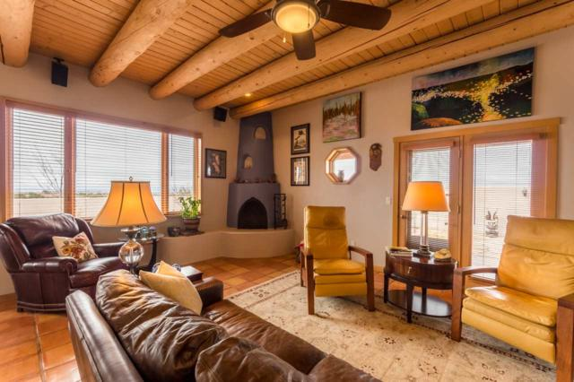 5 Floresta Drive, Santa Fe, NM 87508 (MLS #201800988) :: The Desmond Group
