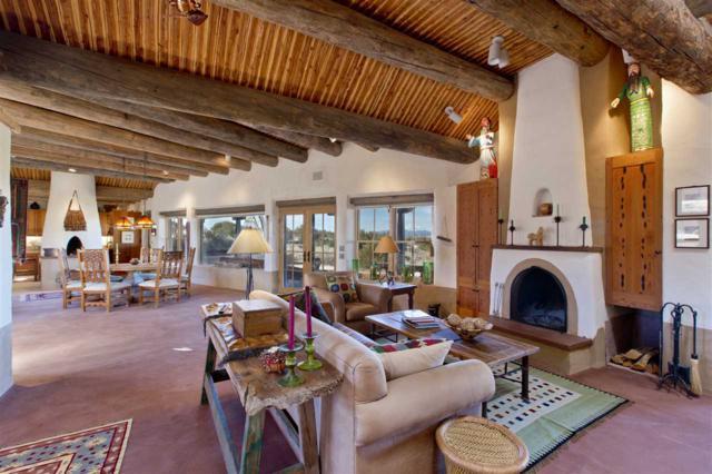 26 Camino Los Angelitos, Galisteo, NM 87540 (MLS #201801591) :: The Very Best of Santa Fe