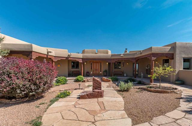 11 Vista La Esperanza, Santa Fe, NM 87506 (MLS #201802583) :: The Desmond Group