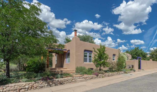 831 Don Cubero, Santa Fe, NM 87505 (MLS #201803123) :: The Very Best of Santa Fe