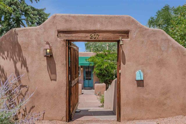 207 E Buena Vista, Santa Fe, NM 87505 (MLS #201803236) :: The Desmond Group