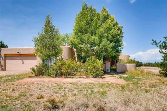 10 Balsa Rd, Santa Fe, NM 87508 (MLS #201803532) :: The Desmond Group