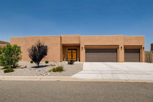 9 Canto Del Pajaro, Santa Fe, NM 87508 (MLS #201803852) :: The Desmond Group
