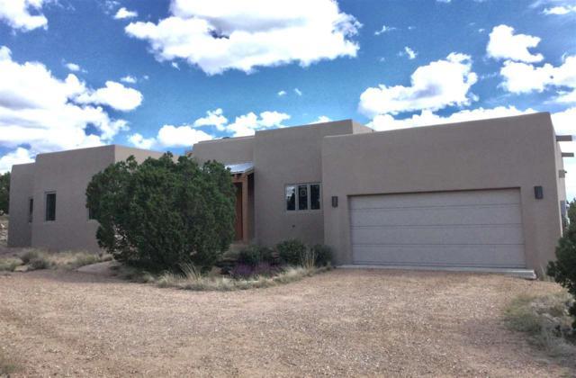 28 Camino Mariquita, Santa Fe, NM 87508 (MLS #201804599) :: The Desmond Group
