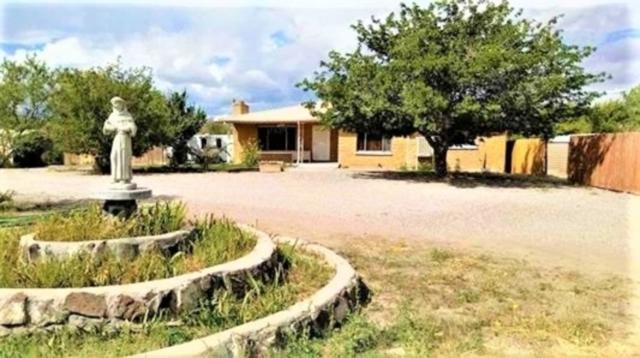 271 County Rd 40, Alcalde, NM 87511 (MLS #201804785) :: The Desmond Group