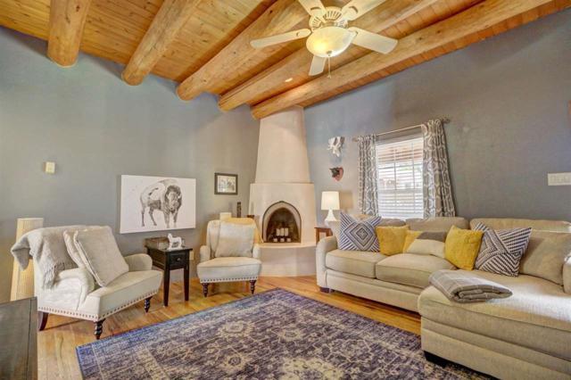 2944 Pueblo Alto, Santa Fe, NM 87507 (MLS #201804906) :: The Very Best of Santa Fe