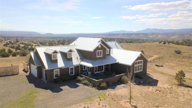 45 Nopal Drive, Abiquiu, NM 87548 (MLS #201805002) :: The Bigelow Team / Realty One of New Mexico