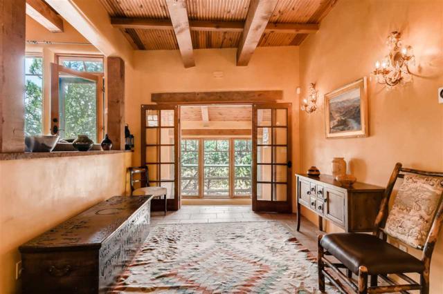 80 La Barbaria, Santa Fe, NM 87505 (MLS #201805034) :: The Very Best of Santa Fe