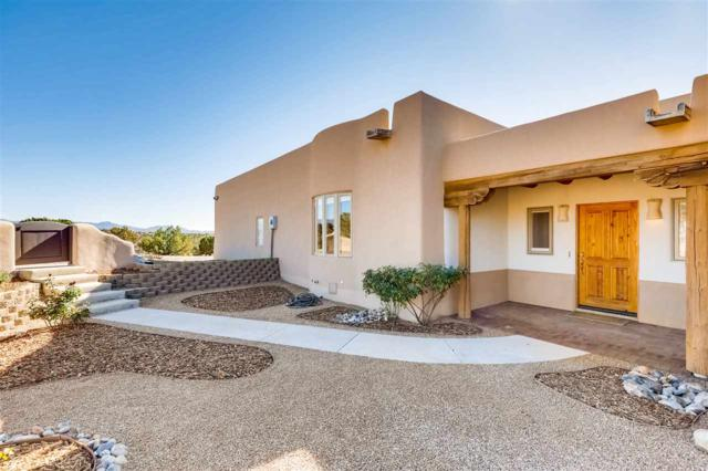 33 Calle Sinsonte, Santa Fe, NM 87507 (MLS #201805360) :: The Very Best of Santa Fe