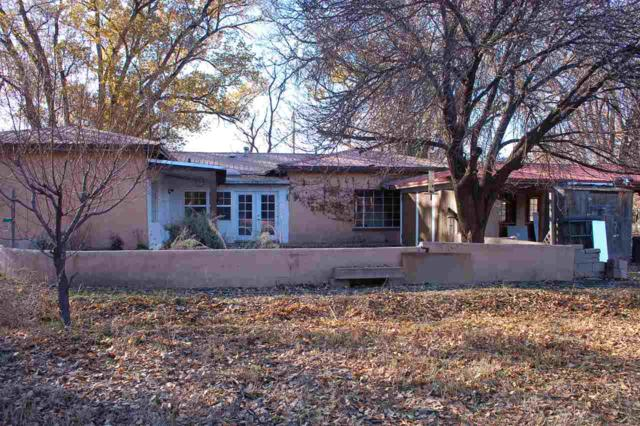 30 County Rd 7, Espanola, NM 87532 (MLS #201805415) :: The Bigelow Team / Realty One of New Mexico