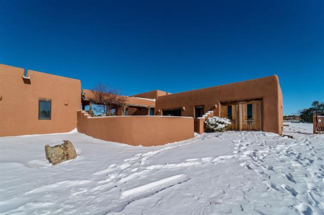 53 Principe De Paz, Santa Fe, NM 87508 (MLS #201805784) :: The Desmond Group