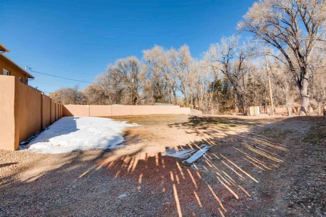 929 Canyon Road, Santa Fe, NM 87501 (MLS #201900298) :: The Bigelow Team / Realty One of New Mexico