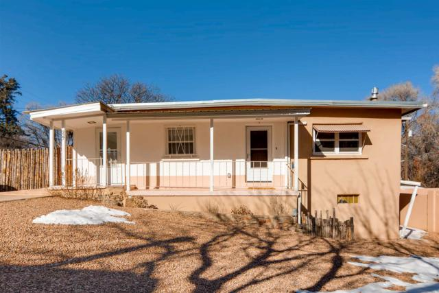 927 Canyon Road, Santa Fe, NM 87501 (MLS #201900299) :: The Bigelow Team / Realty One of New Mexico