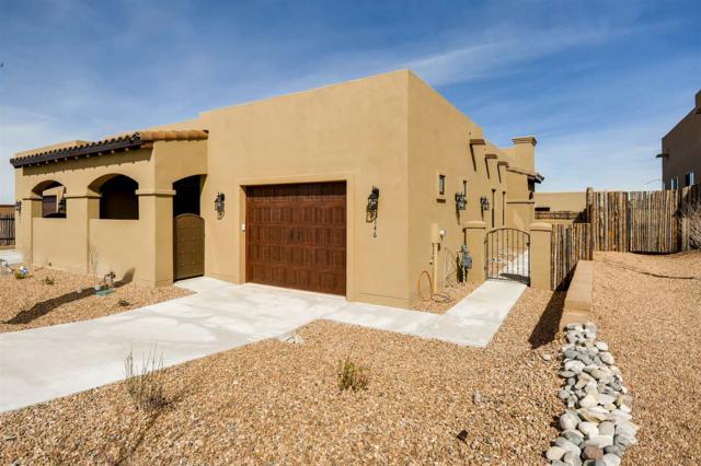 3146 Viale Tresana, Santa Fe, NM 87505 (MLS #201900350) :: The Bigelow Team / Realty One of New Mexico