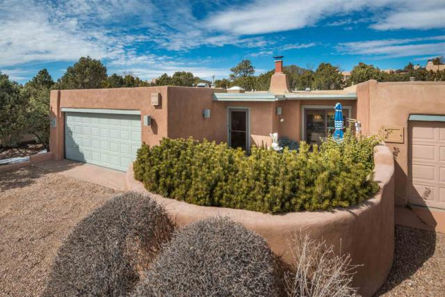 915 Los Lovatos, Santa Fe, NM 87501 (MLS #201900622) :: The Bigelow Team / Realty One of New Mexico