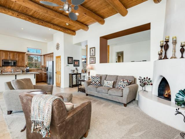 115 E Chili Line, Santa Fe, NM 87508 (MLS #201900959) :: The Desmond Group