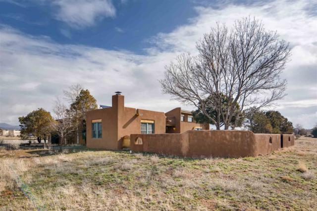 19 Mariano Rd, Santa Fe, NM 87508 (MLS #201901005) :: The Bigelow Team / Realty One of New Mexico