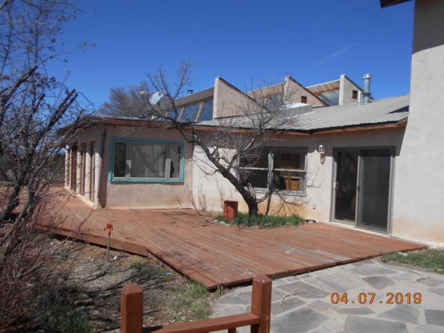 23 Sunset Drive, Arroyo Seco, NM 87571 (MLS #201901254) :: The Desmond Group