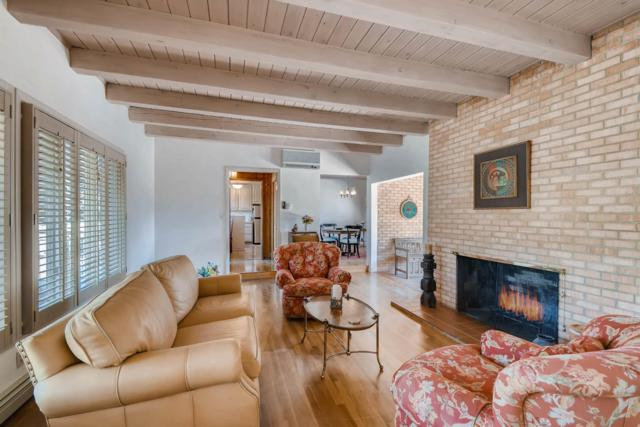 1454 Diolinda Road, Santa Fe, NM 87505 (MLS #201901830) :: The Desmond Group