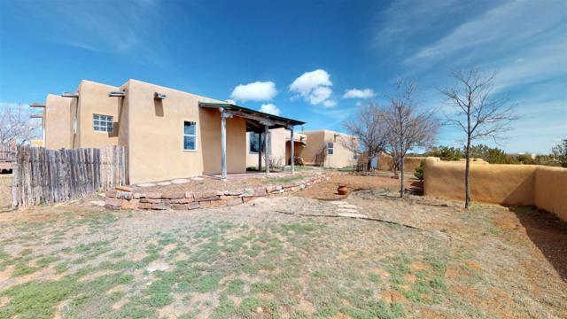 18 Fortuna Road, Santa Fe, NM 87508 (MLS #201902057) :: Berkshire Hathaway HomeServices Santa Fe Real Estate