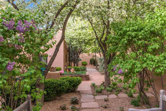 1223 La Rambla, Santa Fe, NM 87505 (MLS #201902167) :: The Very Best of Santa Fe