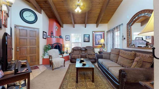 2987 Viaje Pavo Real, Santa Fe, NM 87505 (MLS #201902588) :: The Desmond Hamilton Group