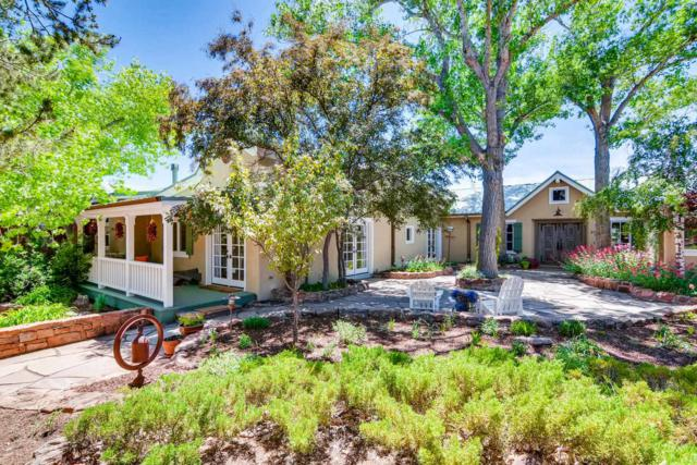 72 Double Arrow Road, Santa Fe, NM 87505 (MLS #201902666) :: The Very Best of Santa Fe