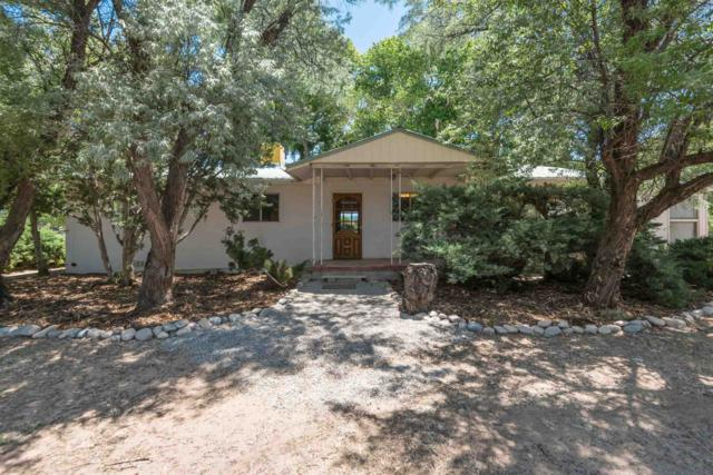 40 County Road 12, Espanola, NM 87532 (MLS #201902870) :: The Very Best of Santa Fe