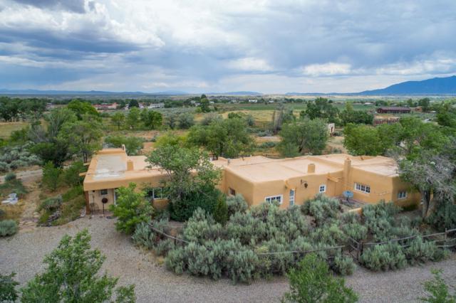 1090 Sunshine Road, Ranchos De Taos, NM 87557 (MLS #201902915) :: The Very Best of Santa Fe