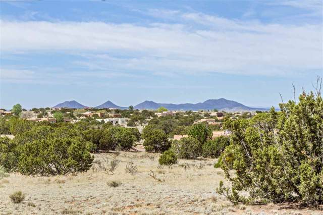 8 Jornada Court, Santa Fe, NM 87508 (MLS #201903403) :: Berkshire Hathaway HomeServices Santa Fe Real Estate