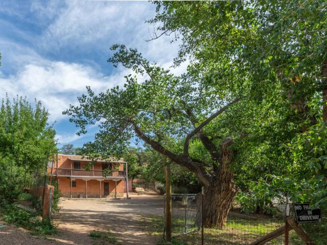 1154 Cerro Gordo Road, Santa Fe, NM 87501 (MLS #201903594) :: Berkshire Hathaway HomeServices Santa Fe Real Estate