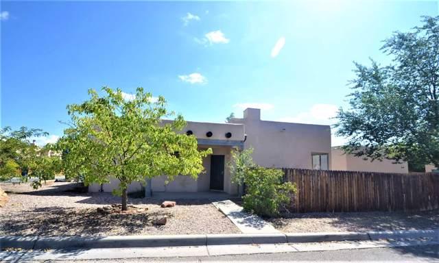 6332 Milagro Luna, Santa Fe, NM 87507 (MLS #201904251) :: The Very Best of Santa Fe