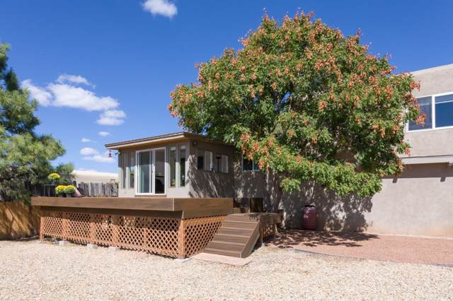 2510 Camino San Patricio, Santa Fe, NM 87505 (MLS #201904496) :: The Desmond Group