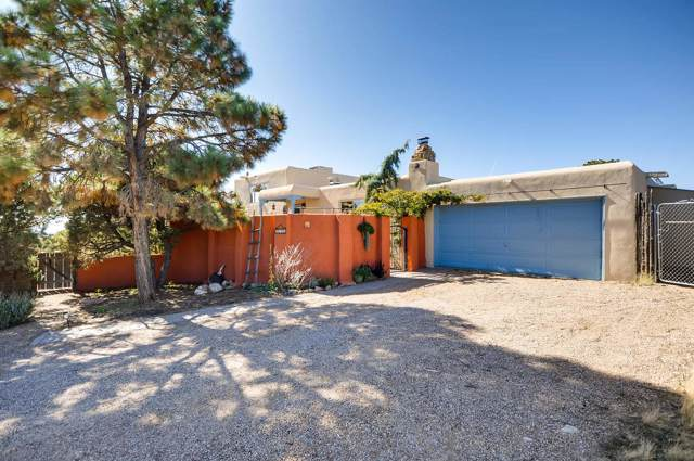 3846 W Alameda St, Santa Fe, NM 87507 (MLS #201904881) :: The Desmond Group