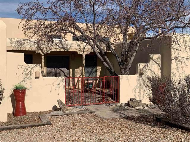 2211 Calle Cacique, Santa Fe, NM 87505 (MLS #201905158) :: The Desmond Group