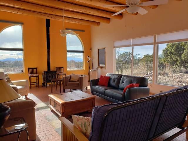 17 Alondra Road, Santa Fe, NM 87508 (MLS #201905444) :: Berkshire Hathaway HomeServices Santa Fe Real Estate