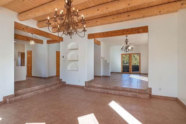 2748 Herradura Road, Santa Fe, NM 87505 (MLS #202000495) :: The Desmond Hamilton Group