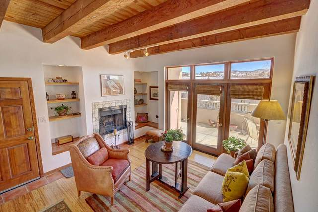 711 Viento Drive C, Santa Fe, NM 87501 (MLS #202000605) :: The Very Best of Santa Fe