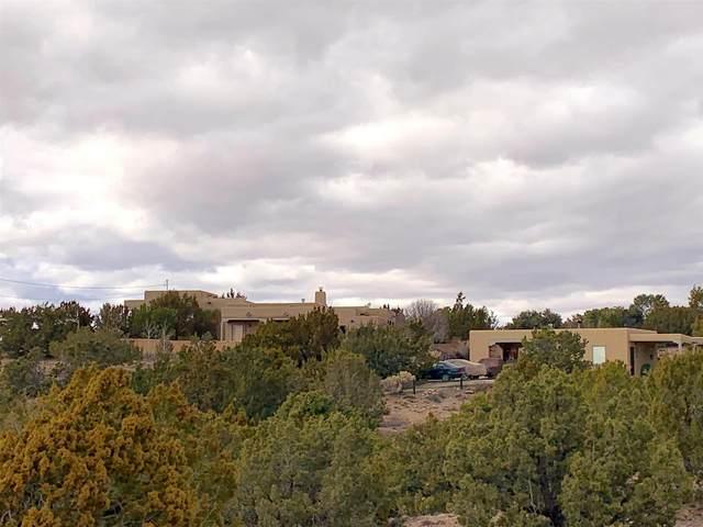 11 Calle Nopalitos, Santa Fe, NM 87507 (MLS #202000704) :: The Very Best of Santa Fe