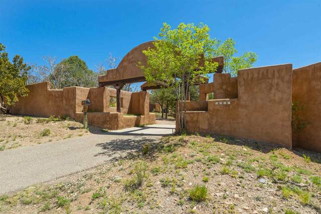 1447 Old Pecos Trail, Santa Fe, NM 87505 (MLS #202001444) :: The Very Best of Santa Fe