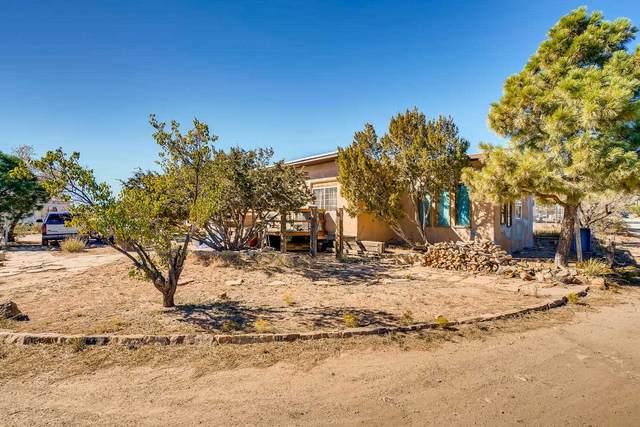 3926 Fields Lane, Santa Fe, NM 87507 (MLS #202001733) :: The Very Best of Santa Fe