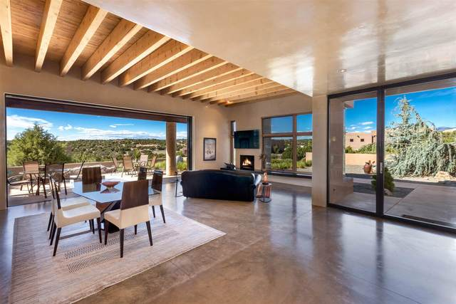 6 Via Nova, Santa Fe, NM 87507 (MLS #202001875) :: The Desmond Hamilton Group