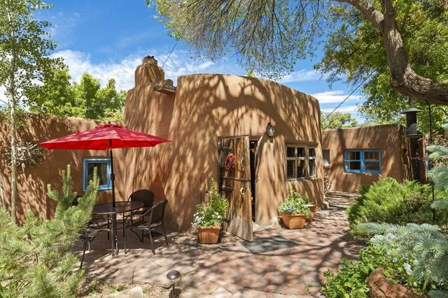 942 Canyon Rd A & B, Santa Fe, NM 87501 (MLS #202001953) :: The Very Best of Santa Fe